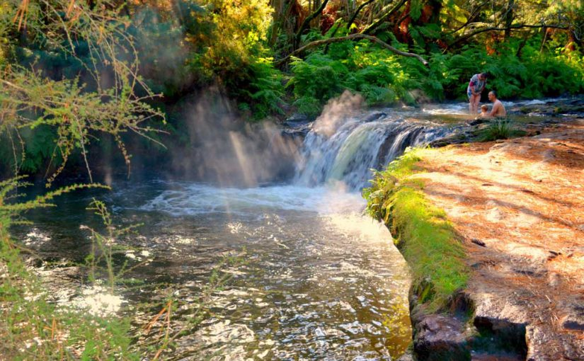 In The Beginning There Was Water >> Kerosene Creek - NZHotPools.co.nz: ALL NZ's Hot Pools In ...