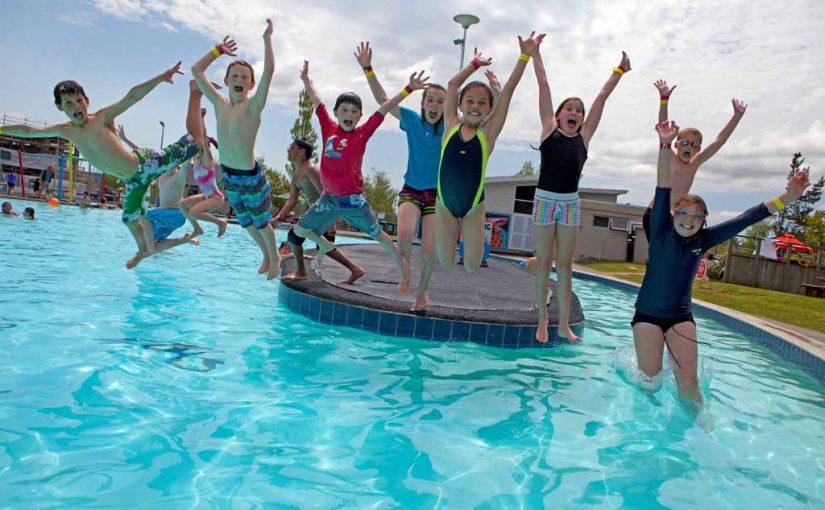 61-pic11-kids-jump-island